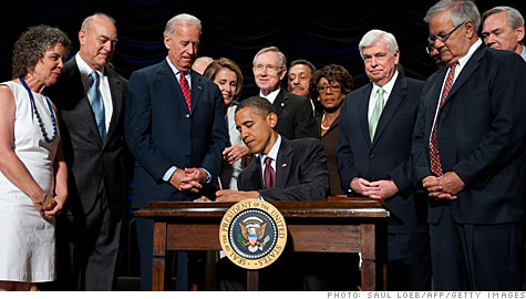 Obama signs Wall Street Reform and Consumer Protection Act